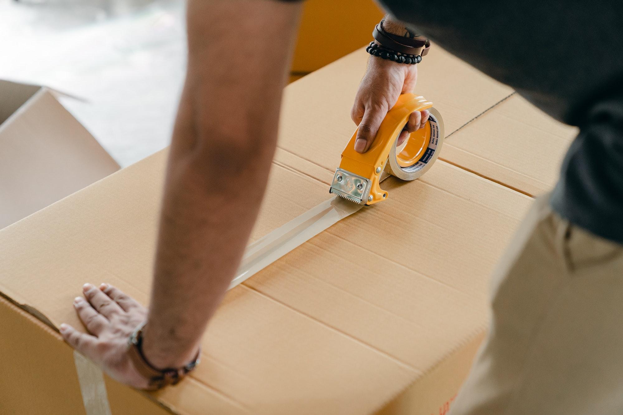 Jak zorganizować wysyłkę w sklepie internetowym?