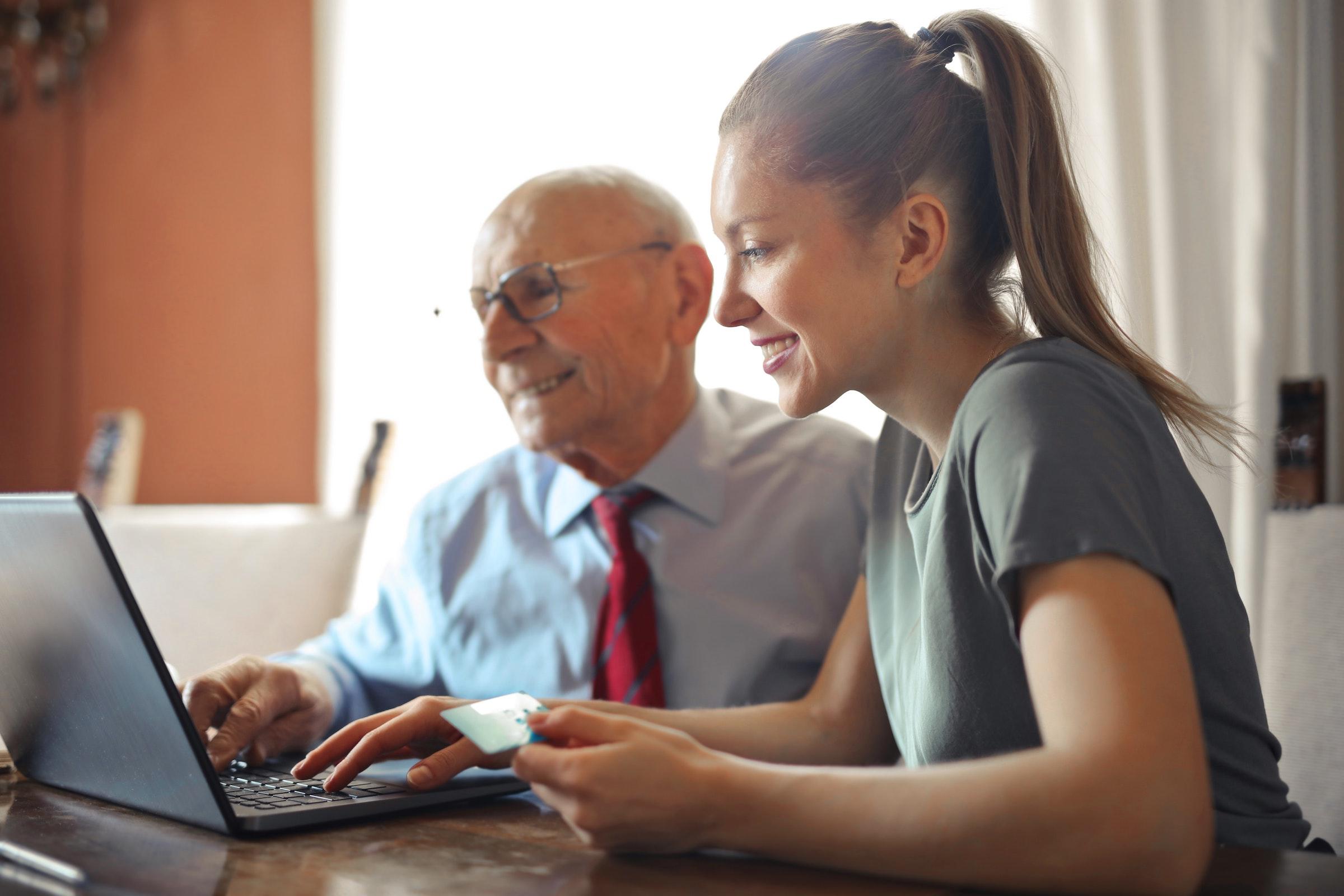 Jak szybciej rozwinąć sklep internetowy skupiając się na właściwych kompetencjach