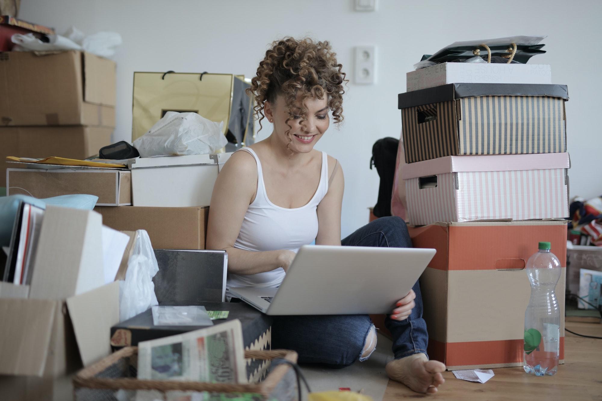 Obsługa zamówień w sklepie internetowym - dlaczego warto ją delegować